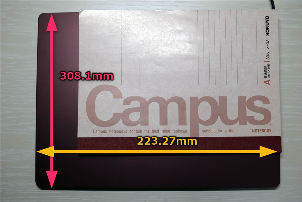 Surface Laptop A4サイズ大学ノートとの比較