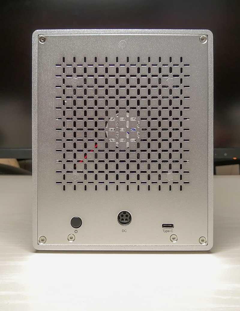 Yottamaster PS500C3 背面